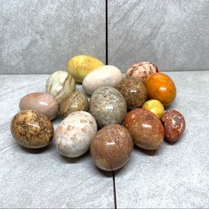 Set of 15 different sizes and types alabaster eggs